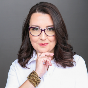 Lee Chaix McDonough - Growing Your Visibility through the Power of Podcasts